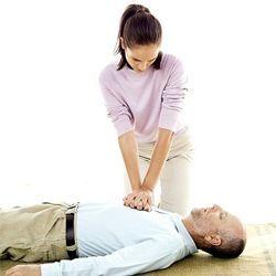 Невідкладна допомога при зупинці серця