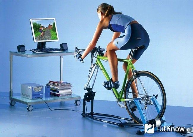 Заняття на велотренажері з програмою