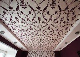 Поклейка шпалер на стелю: покрокова інструкція