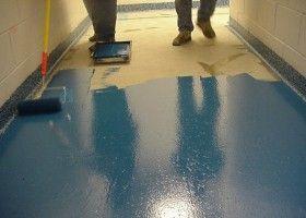 Нанесення фарби на бетонну підлогу