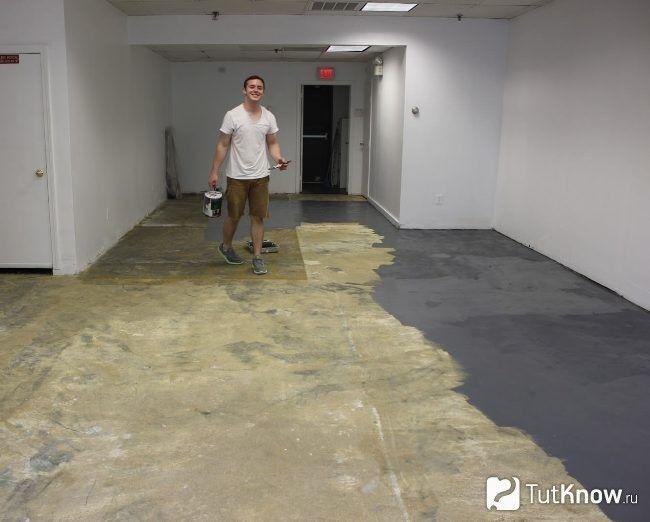 Як фарбують бетонну підлогу
