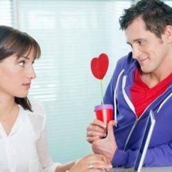 Половина чоловіків зізнаються в любові помилково