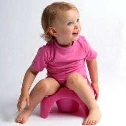 Привчати дітей до горщика до 3 років шкідливо, стверджує лікар