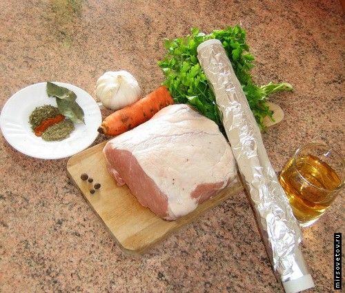 Рецепт свинини, запеченої у фользі
