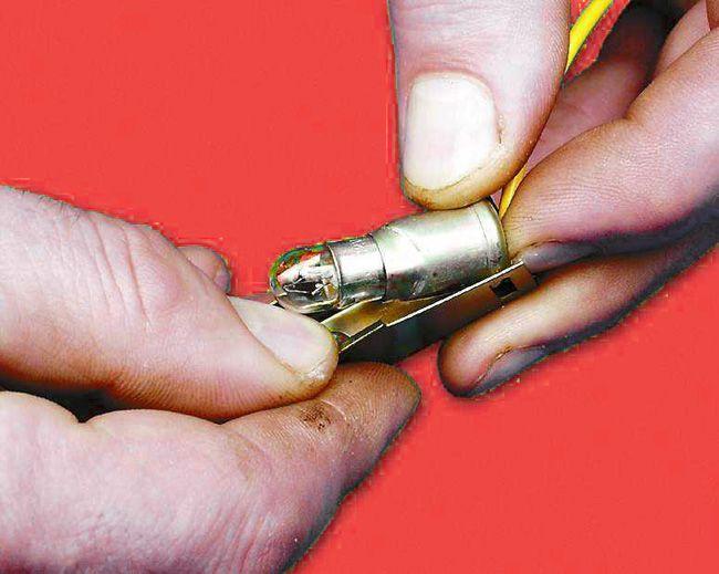 Ремонт підсвічування прикурювача на ВАЗ 2110 (Лада)