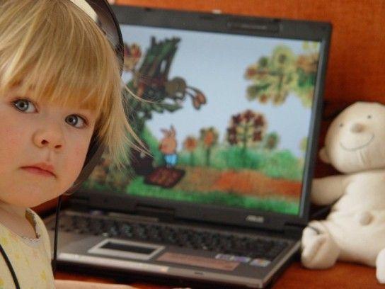 Перегляд телевізора і його шкідливий вплив на дитину