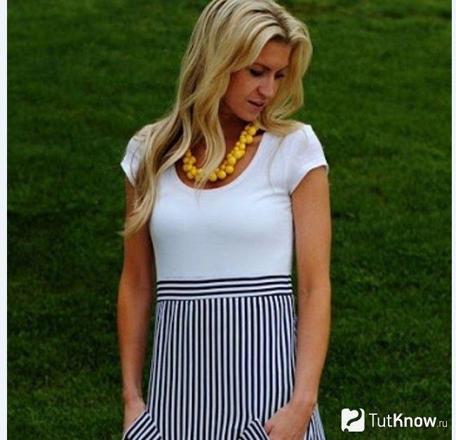 Сукня з футболки і тканини