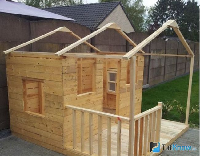 Формування даху дерев`яного будиночка