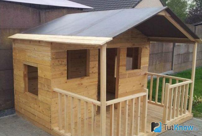 Готовий дерев`яний будиночок