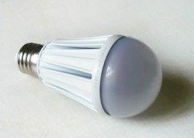 Ціни світлодіодних ламп в Україні і Росії