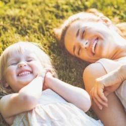 Вчені з`ясували, в якому віці найкраще народжувати дітей