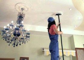 Як мити натяжна стеля