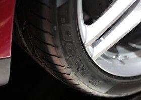 Види автомобільних шин і ремонт на дорозі